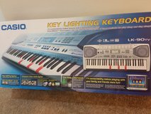 Full size keyboard w stand in Conroe, Texas