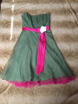 Brand new - Size 8 - Clover Green Special Occasion Dress in Chicago, Illinois