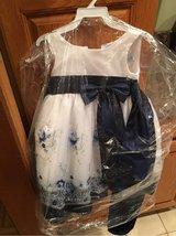 Girls formal dress, size 2T in Pleasant View, Tennessee