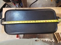 Vintage Unmarked Cast Iron Griddle in Pearland, Texas