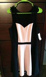 Black and Peach Dress in Fort Leonard Wood, Missouri