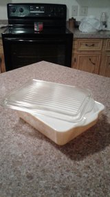 Pyrex Refrigerator dish with lid in DeRidder, Louisiana
