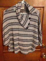 Black & White striped top by lime & chili - S in Naperville, Illinois