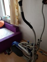 orbitrek cross trainer with original packet in Stuttgart, GE