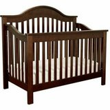 DaVinci 4 in 1 convertible crib with toddler bed conversion kit. in Moody AFB, Georgia