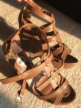 NEW wedges size 8.5 in New Lenox, Illinois
