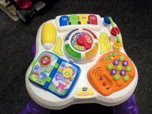 vtech sit to stand learn & discover table in DeRidder, Louisiana