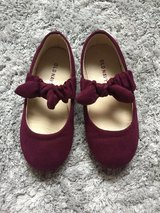 Old Navy shoes size 9 in Ramstein, Germany