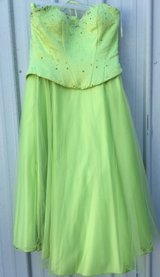 Formal/Prom Dress in Todd County, Kentucky