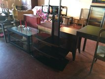 Black Glass /Wood Entertainment Tv Stand W/Mount in Lake Charles, Louisiana