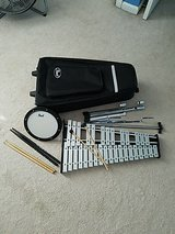 Pearl beginner percussion kit in Camp Lejeune, North Carolina