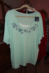 Mint green blouse pullover sz3X NWT in Naperville, Illinois