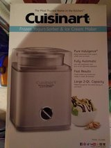 Cuisinart ICE-30BC Automatic Frozen Yogurt, Sorbet, and Ice Cream Maker in Ramstein, Germany