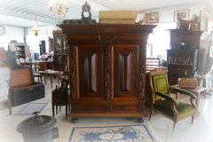 new arrivals at Angel Antiques in Wiesbaden, GE