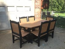 Amish Polyvinyl Patio 6 Piece Set!!! (Outdoor Furniture) in Fort Campbell, Kentucky