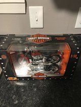 NIB 1999 Harley Davidson FLSTF Fatboy 1:10 Scale in Fort Polk, Louisiana