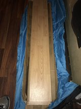 Approx. 22 pieces of Natural Oak Laminate Flooring in Leesville, Louisiana
