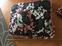 "Floral pet bed 28""x24"" in Okinawa, Japan"
