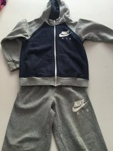 jogging suit Nike size 122-128 7-8 years in Ramstein, Germany