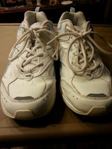 LIKE NEW AVIA WOMEN'S ATHLETIC SHOES in Bartlett, Illinois