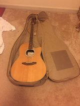 guitar plus carrying bag in Fort Campbell, Kentucky
