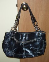 KATHY Van Zeeland Black REAL Butter Soft Smooth Satchel Leather Chain Purse Handbag in Elgin, Illinois