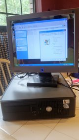 "WINDOWS XP - SMALL DESKTOP COMPUTER WITH 15"" MONITOR in Kingwood, Texas"