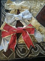 CHRISTMAS WIRED BOWS in Elgin, Illinois