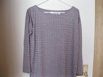 New Purple 3/4 Sleeve Shirt Size: M 8/10 in Ramstein, Germany