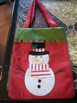 NEW DECORATIVE CHRISTMAS GIFT BAG in Elgin, Illinois
