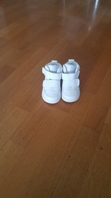 baby shoes size 5 in Spangdahlem, Germany