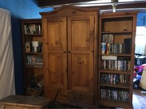huge heavy 3 pi. entertainment center (will trade for in disc) in Fort Leonard Wood, Missouri