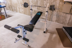Weight Bench in Bolingbrook, Illinois