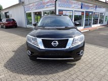 2014 Nissan Pathfinder SL in Hohenfels, Germany