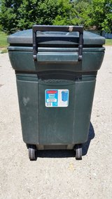 Rubbermaid Wheeled Refuse container -45 gallon in Plainfield, Illinois
