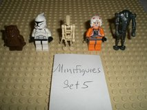 5 Lego Star Wars Minifigs Group 5 in Aurora, Illinois