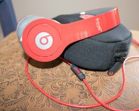 Beats Solo HD wired Headphones in Alamogordo, New Mexico