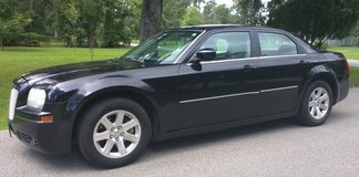 2006 Chrysler 300- Touring- 79K Miles - Fully Loaded - Leather in Beaumont, Texas