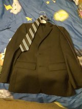 Mens Warehouse Suit size 8 in 29 Palms, California
