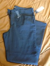 New Chaps Capri 12 short navy blue slim fit in Fort Riley, Kansas