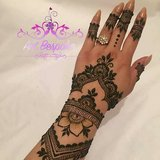 EyebrowThreading,Henna Tattoos for get together in Cleveland, Texas