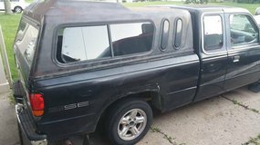 1997 Mazda B2300 Extended cab with Cap (Manual) in Plainfield, Illinois