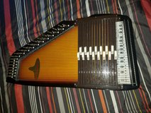 Auto harp used. Great condition in DeRidder, Louisiana