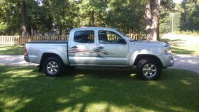 Toyota Tacoma SR5 Prerunner in Cleveland, Texas