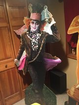 Mad Hatter - Johnny Depp - Cardboard Stand-Up - Alice in Wonderland in Chicago, Illinois
