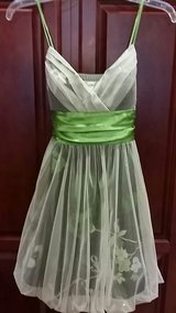 size small homecoming or prom dress in Kirtland AFB, New Mexico