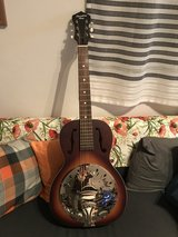 Recording King Round Neck Resonator Guitar in Ramstein, Germany