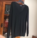 XXL V-Neck Sweater in Bolingbrook, Illinois