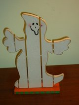 "wood ghost 10-1/2 x 8"" in Glendale Heights, Illinois"