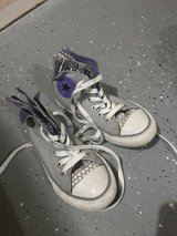 Size 11 girl converse in Naperville, Illinois